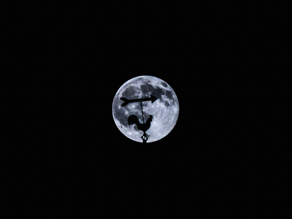 Mond Süden